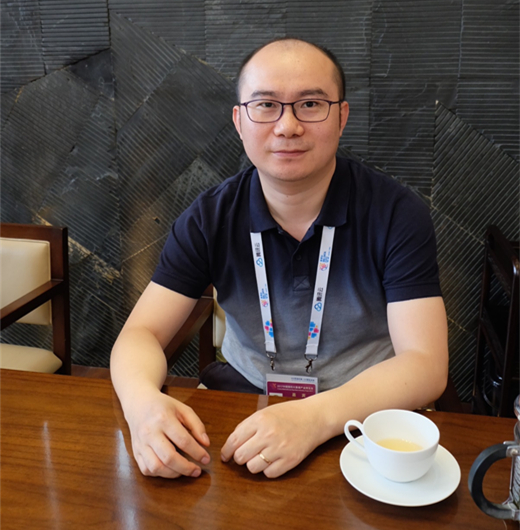 亿美软通数据服务事业部总经理齐俊
